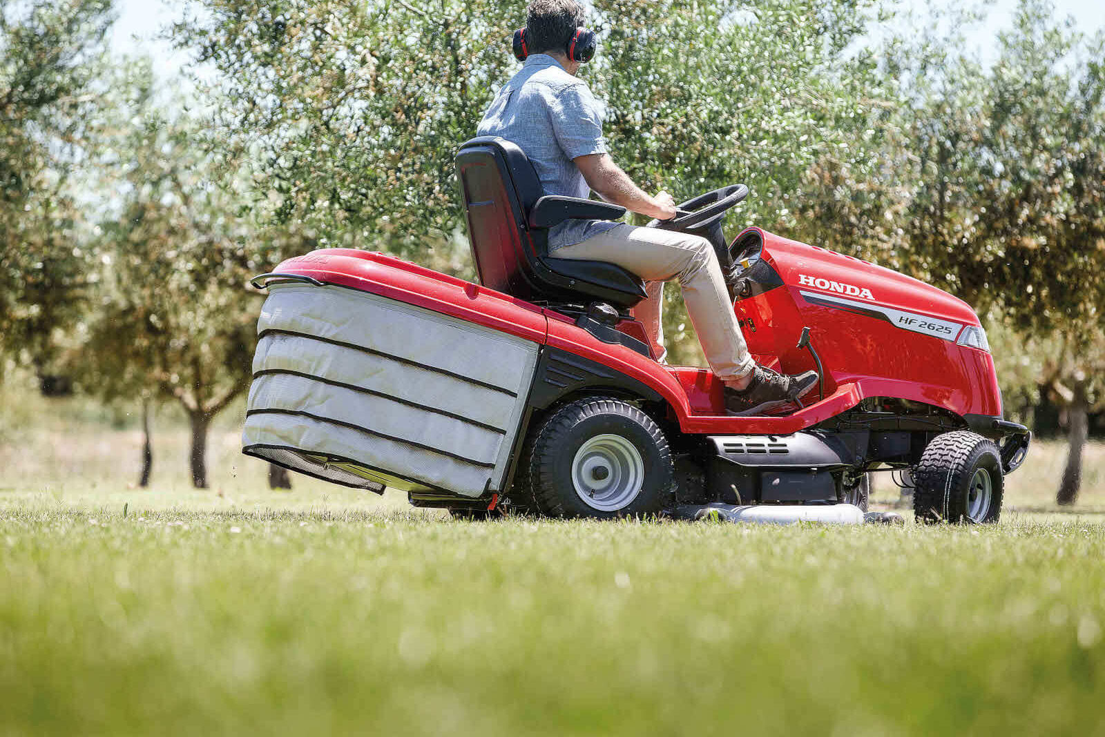 Honda HF ride on mower